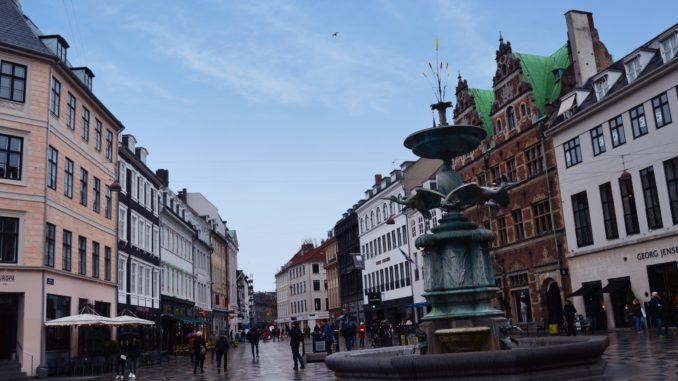 ¿que ver en Copenhague?La calle más famosa Stroget