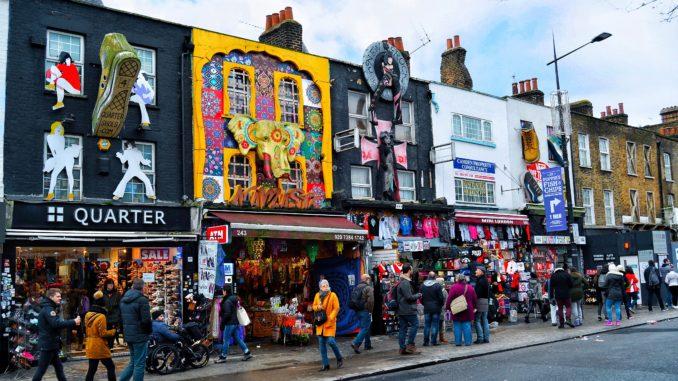 ¡Adelante! Descubre Candem Town, uno de los lugares más alternativos del planeta. Disfruta de este mercado de Londres.